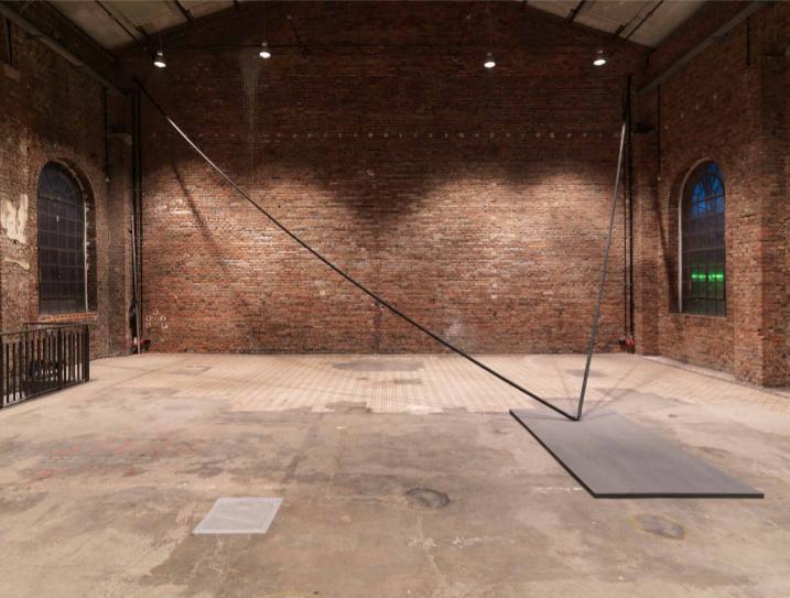000. Stephanie Stein &Tobias Hoffknecht, Was, 2014, corda, acrilico, legno, 1 x 8 x 7 cm