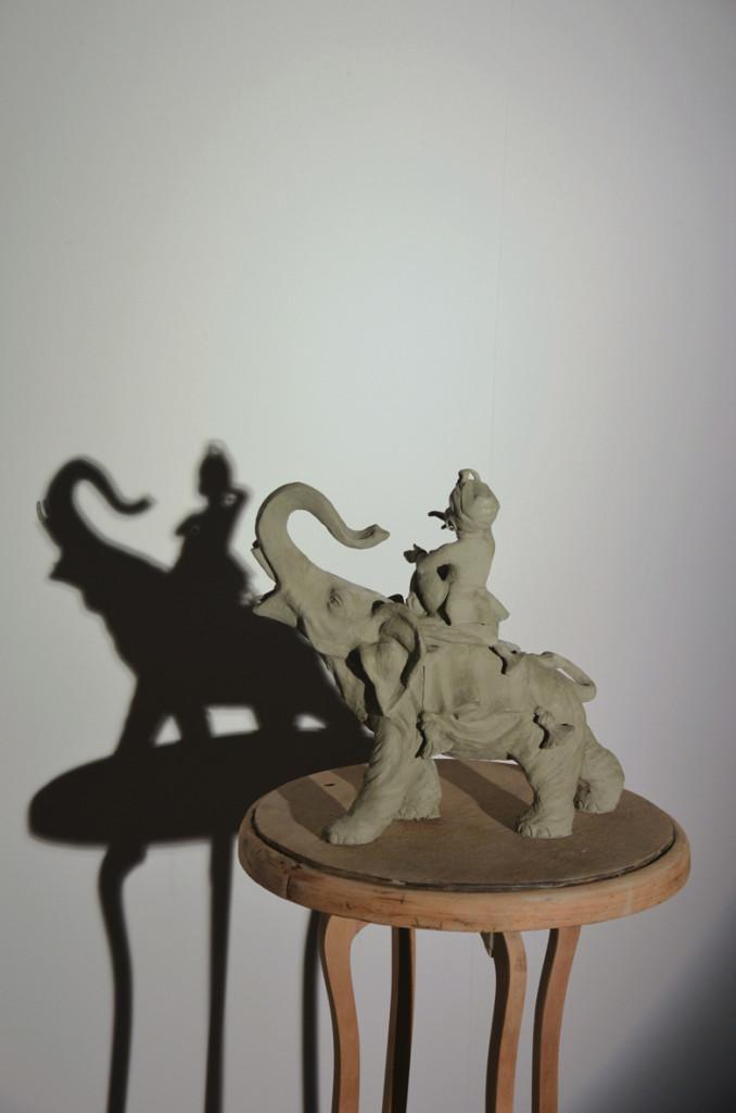 06 Marco Gobbi. Copy with original shadow, 2014, Argilla, legno, ferro, grafite, ombra, luce